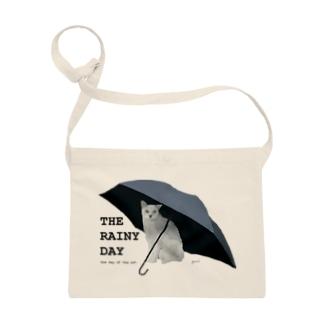 黒傘と白猫 Sacoches