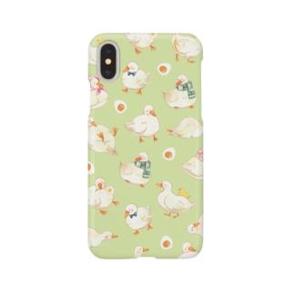 アヒル柄 iPhoneケース(緑) Smartphone cases