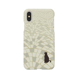 黒にゃー(石畳) Smartphone cases