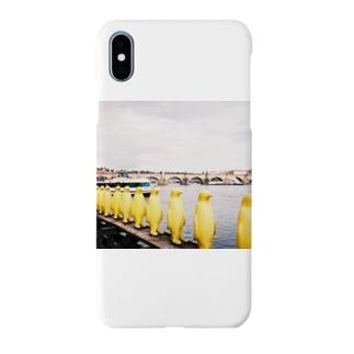 The SongsariのYellow penguins Smartphone cases