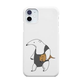 アルマジロを小脇に抱えるミナミコアリクイ Smartphone cases