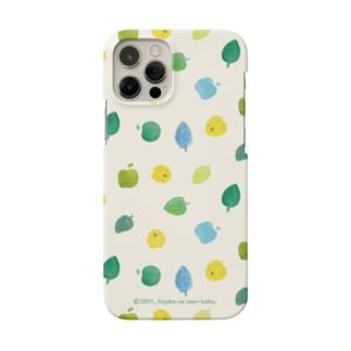 ひよこさんと葉っぱとりんご Smartphone Case