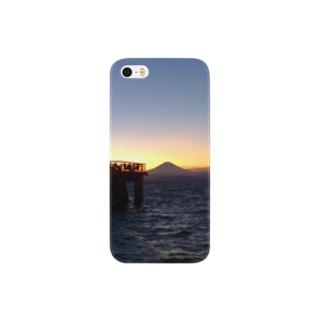 江ノ島から富士山を望む。 Smartphone cases