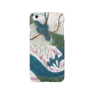 四聖獣の西方を護る青龍をパステルで描いています。 Smartphone cases