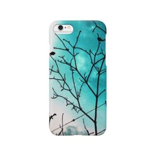 水色と空と枝 Smartphone cases