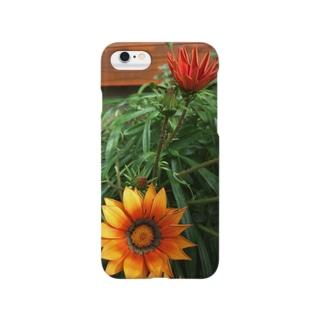 ガーベラの花とつぼみ Smartphone cases
