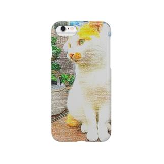 キリッとした茶白猫 Smartphone cases
