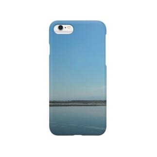 空と海。 Smartphone cases
