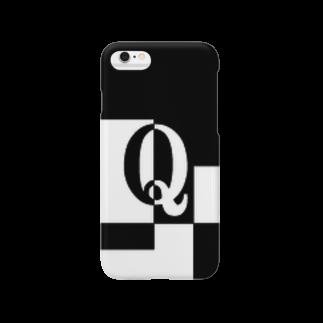 シンプルデザイン:Tシャツ・パーカー・スマートフォンケース・トートバッグ・マグカップのシンプルデザインアルファベットQスマートフォンケース