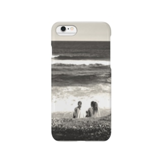 Girls on the beach Smartphone cases