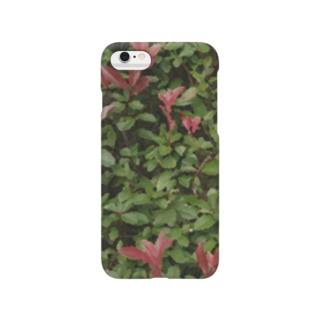 green wall Smartphone cases