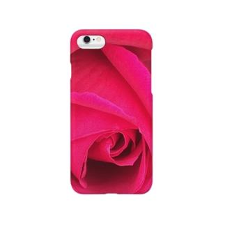 まっピンクなバラ Smartphone cases