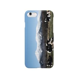 八ヶ岳と牛 Smartphone cases