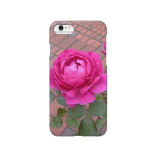 お城の薔薇 Smartphone cases