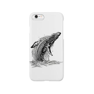 鯨のトライバル Smartphone cases
