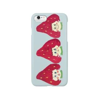 いちごちゃんiphoneケース みずいろ Smartphone cases