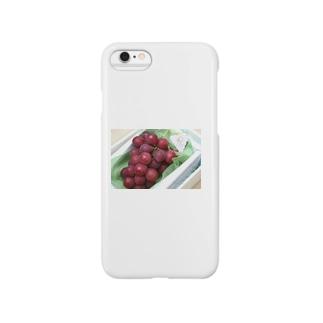 誰が食べられるんだ…初セリで1房110万円の値段がついたブドウを知っていますか Smartphone cases