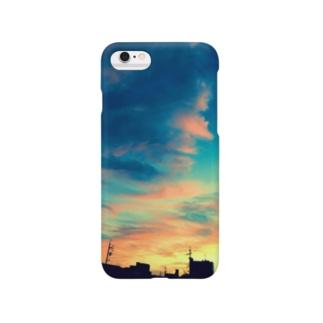 青い夕焼け空 Smartphone cases