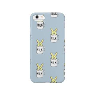 カップ入りウサギちゃん【ブルー】 Smartphone cases