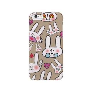 うさぎ沢山(モカ色)スマートフォンケース Smartphone cases