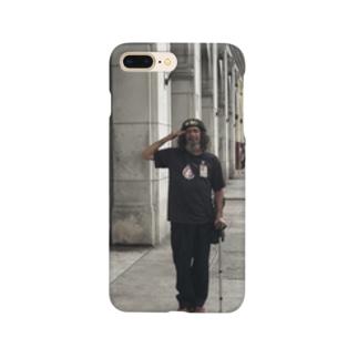 キューバでゲバラの格好した金くれ爺さん Smartphone cases