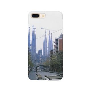 スペイン:サグラダ・ファミリアが見える早朝のバルセロナ Spain: Sagrada Família/ Barcelona Smartphone cases