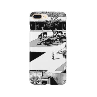 レース準備中。 Smartphone cases