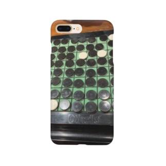 圧勝? Smartphone cases