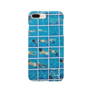 青い プール Smartphone cases