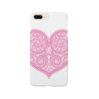 ゴージャスなアクセサリーのようなピンクのハートマーク Smartphone cases