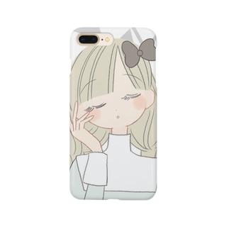 目をとじてる子 Smartphone cases