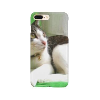 ハチワレ猫 ムン Smartphone cases
