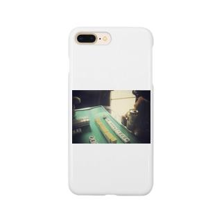 やさぐれくまさん Smartphone cases
