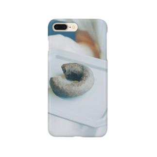 まる 。 🍩 Smartphone cases