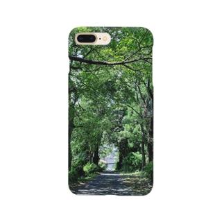 木の抜け道自然の開放 Smartphone cases