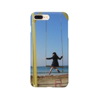 成美とブランコと海 Smartphone cases