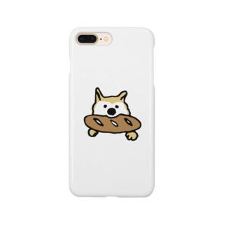 パンをくわえる犬② Smartphone cases