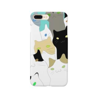 迫り来る猫ちゃん Smartphone cases