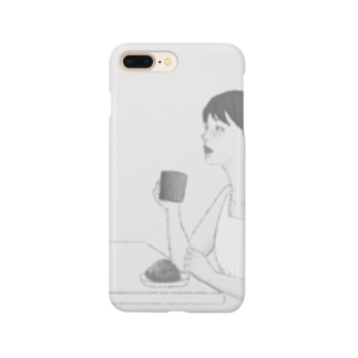コーヒーを飲む女性(モノトーン) Smartphone cases