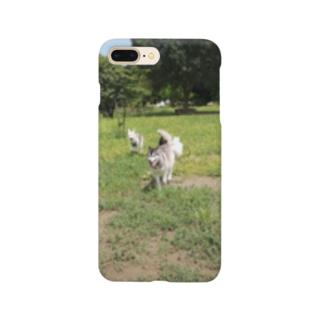 ドッグラン(ハスキー、ポメコギ、ウルフドッグ) Smartphone cases