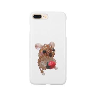 イチゴを持ったナキネズミちゃん Smartphone cases