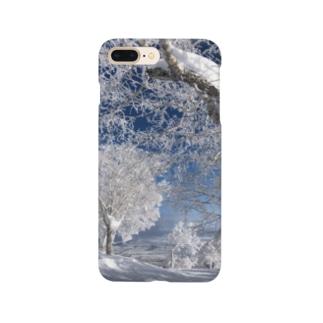 雪の山景色 Smartphone cases