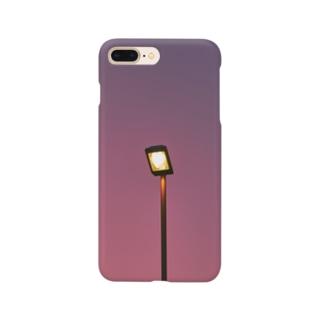 最近の巷の流行りは紫だと信じる Smartphone cases