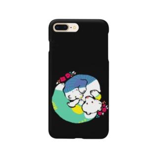 クマとクマでぐるぐるon黒 Smartphone cases