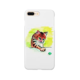 するどい目つきの猫 Smartphone cases