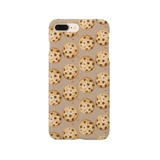 にくらしいチョコチップクッキーのパターン Smartphone cases