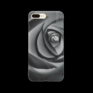 紅retina.の薔薇 水墨画 スマホケース Smartphone cases