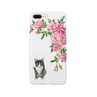 ピンクのバラとハチワレ子猫 スマートフォンケース