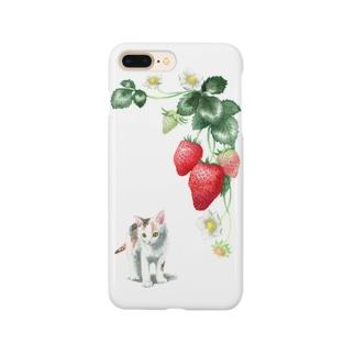 いちごと白三毛子猫 スマートフォンケース