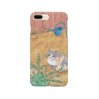 庭の三毛猫 Smartphone cases